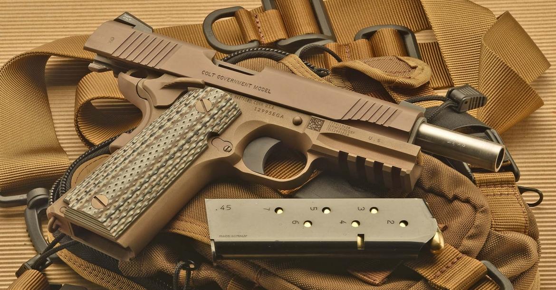 Colt_M45A1_USMC_FDE_1